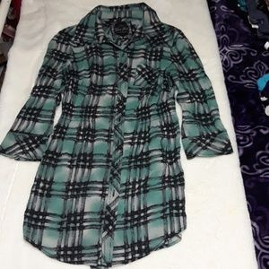 Plaid Guess top